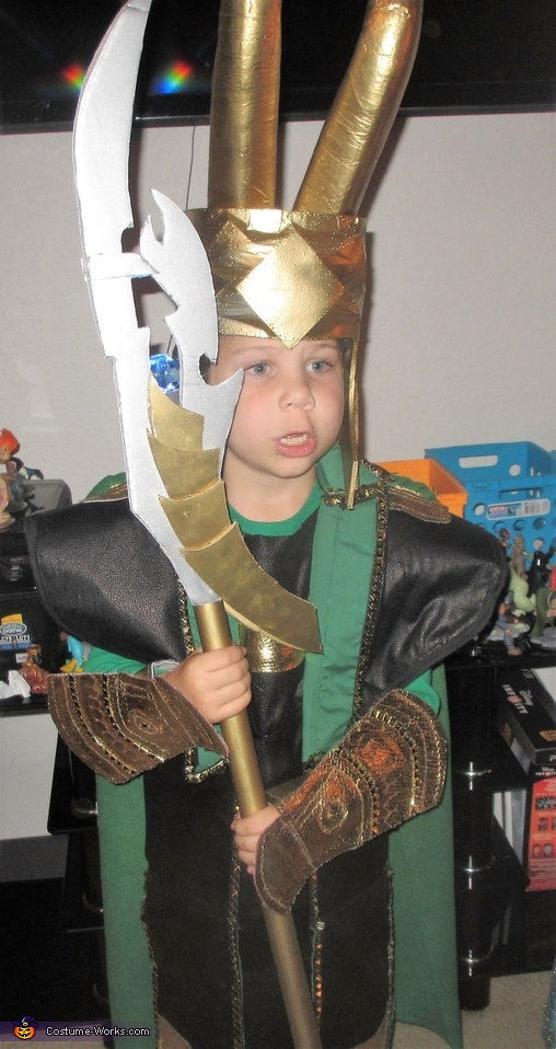 Loki close up, Loki Costume