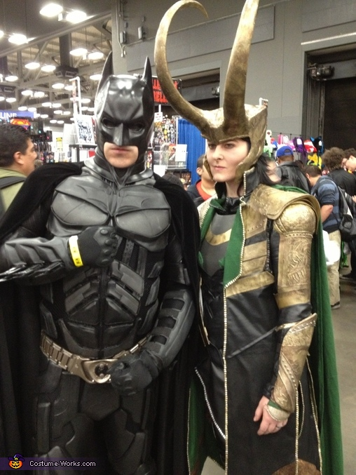 Loki and the Dark Knight, Loki Costume