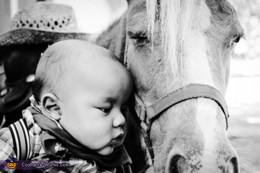 Horsey love, Lone Ranger Costume