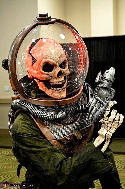 Lord Gorloch Space Villain Costume