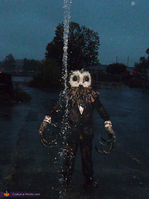 Rainy day photo shoot, Lord of Tears Owlman Costume