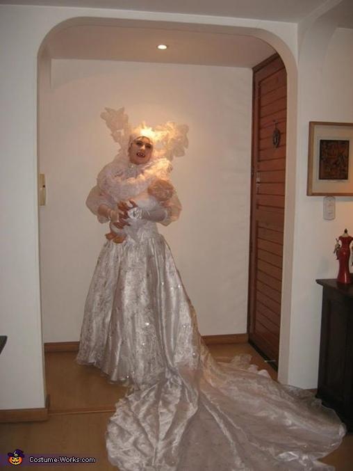 Lucy - Bram Stoker's Dracula Costume
