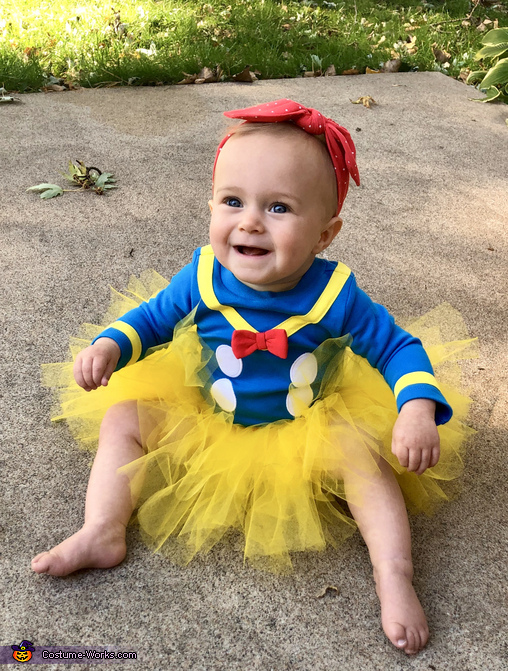 Lucy Duck Costume