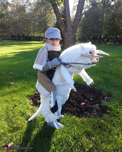 Luke Skywalker riding a Tauntaun Costume