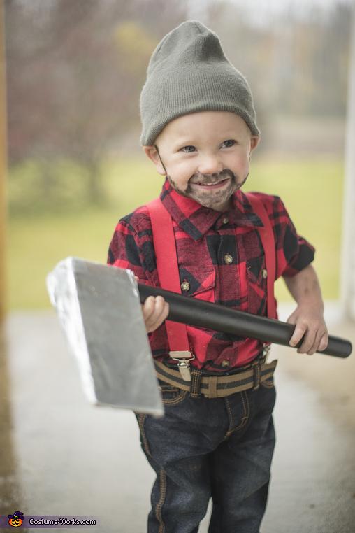 Baby Lumberjack 2, Lumberjack Costume