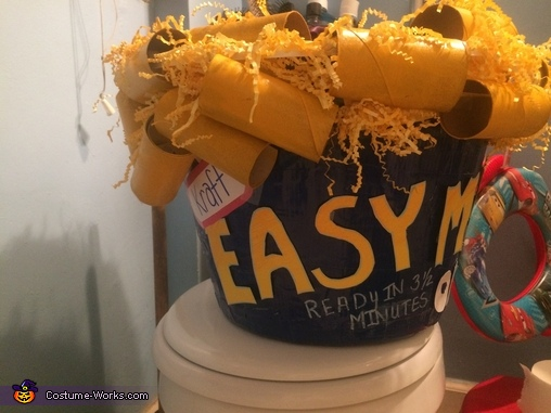 DIY Easy Mac Costume