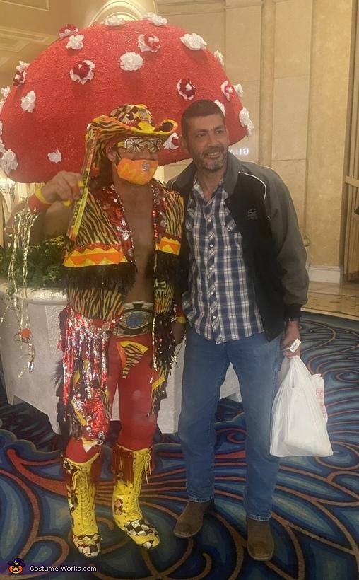 Photo with a fan, Macho Man Randy Savage Costume