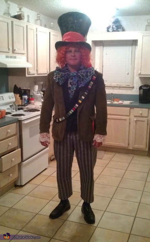 The Mad Hatter, Mad Hatter with his Queen of Hearts Costume