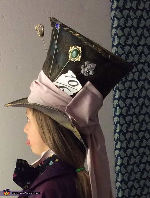 The hat, Mad Hatter's Daughter Costume
