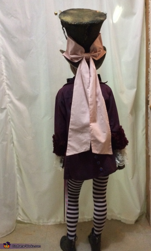 The bow, Mad Hatter's Daughter Costume