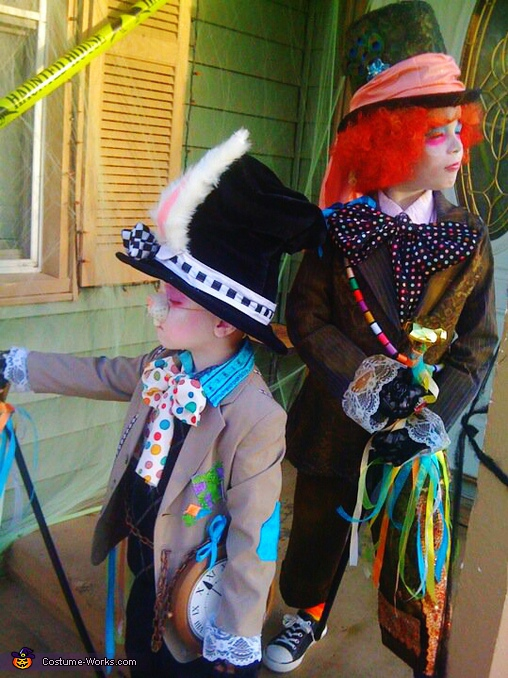 Mad Hatter & Crazy Rabbit - Homemade costumes for kids