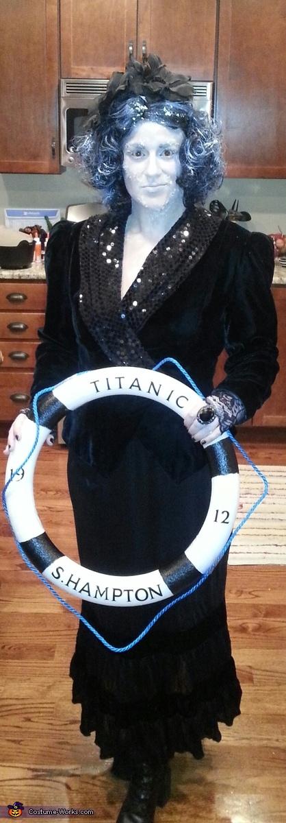 B Deck Passenger, Maiden Voyage Frozen Titanic Victim Costume
