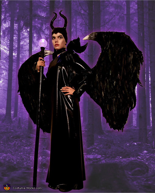Maleficent in the Forest, Maleficent Costume