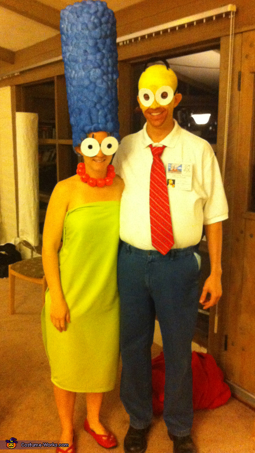 Marge and Homer Costume