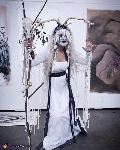 Maria Franz Costume