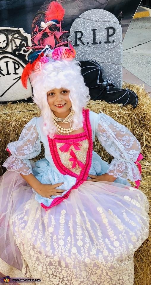 Marie-Antoinette Costume