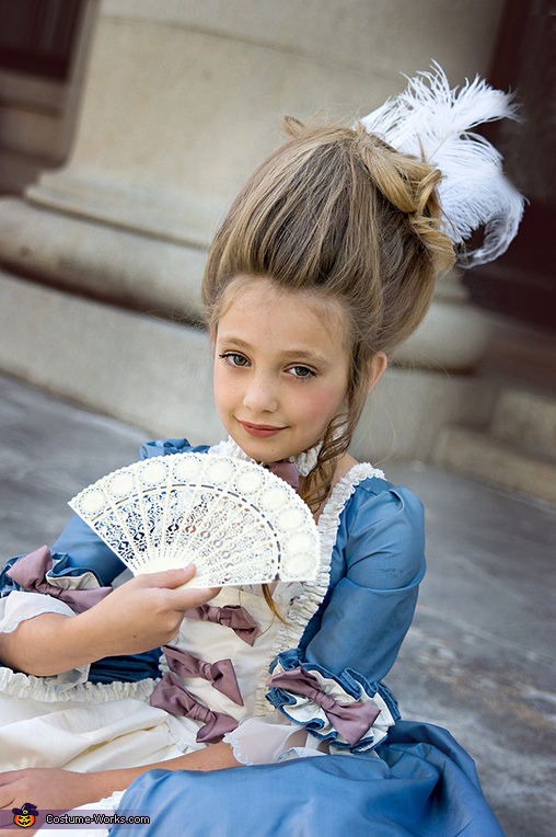 Marie Antoinette Halloween Costume for Girls