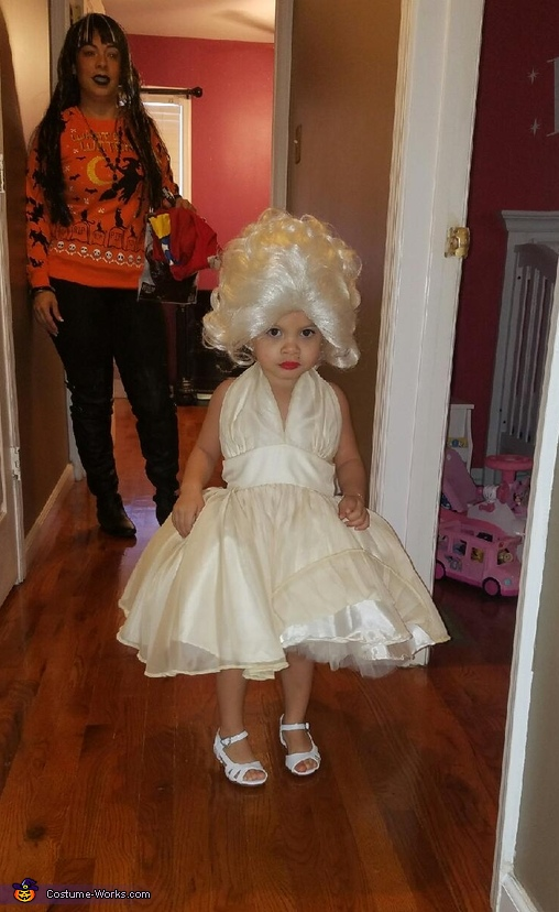 Marilyn Monroe Costume  sc 1 st  Costume Works & Marilyn Monroe Baby Girl;s Halloween Costume