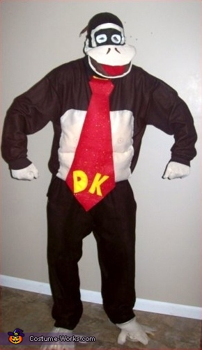 Steve as Donkey Kong, Super Mario Brothers Group Costume