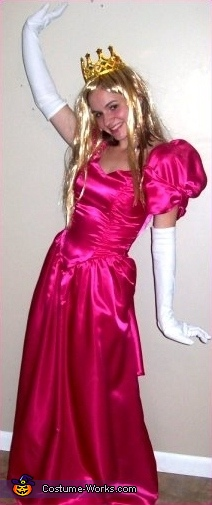 Kelly as Peach, Super Mario Brothers Group Costume