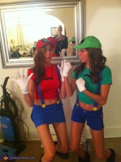 Mario And Luigi Costume Creative Diy Costumes Photo 2 3