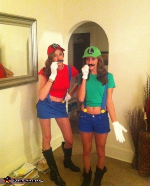 Mario And Luigi Costume Creative Diy Costumes Photo 3 3