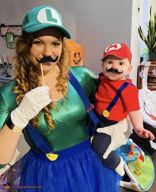 It's me Mario!, Mario and Yoshi Costume