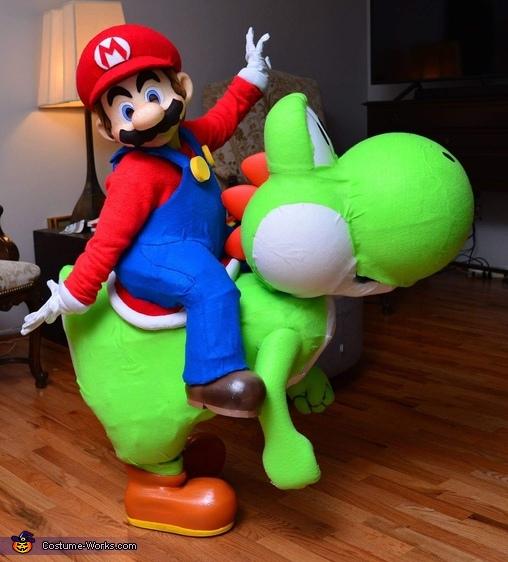 It'sa me... mario, Mario and Yoshi Costume