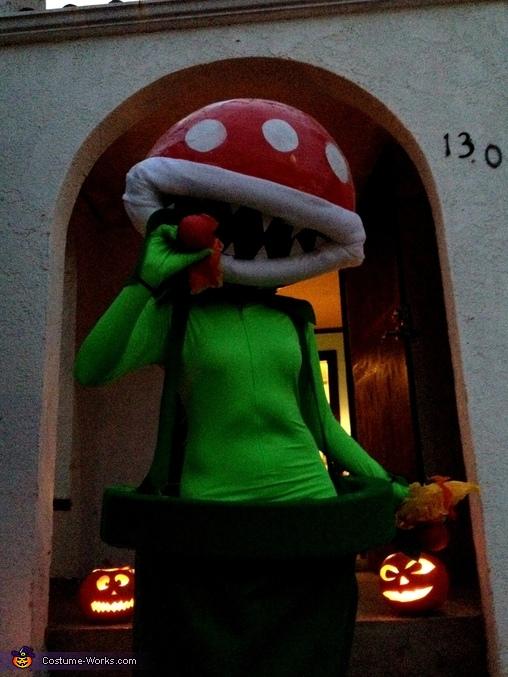 Shooting fireballs ****(X), Mario Bros Piranha Plant Costume