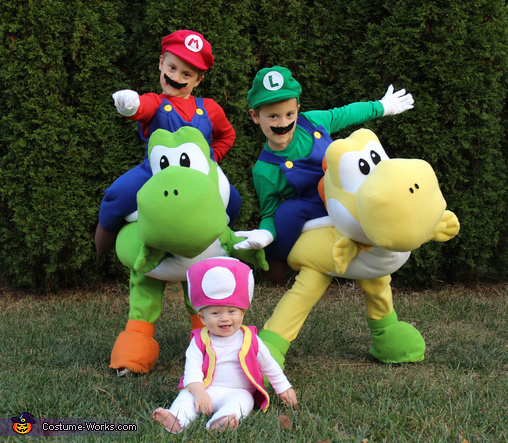 Mario, Luigi, and Toadette, Mario Family Costume