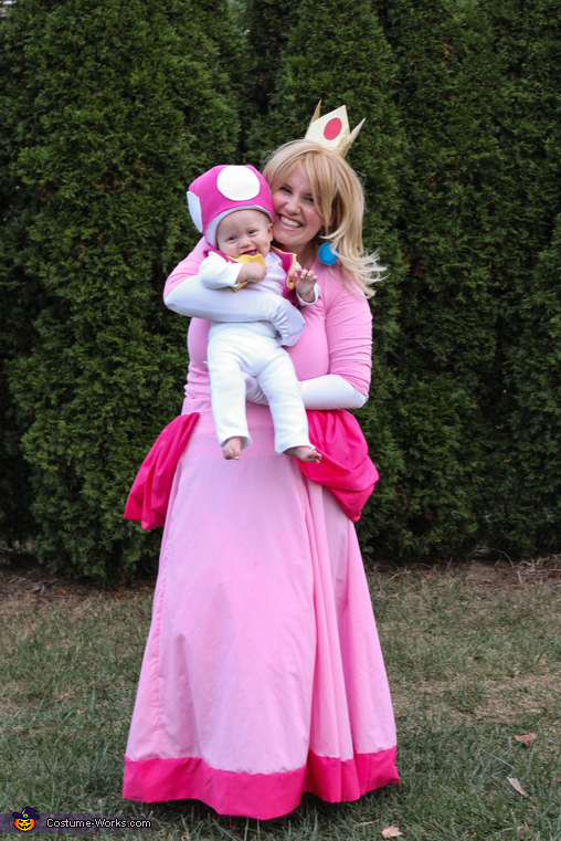 Princess Peach and Toadette, Mario Family Costume