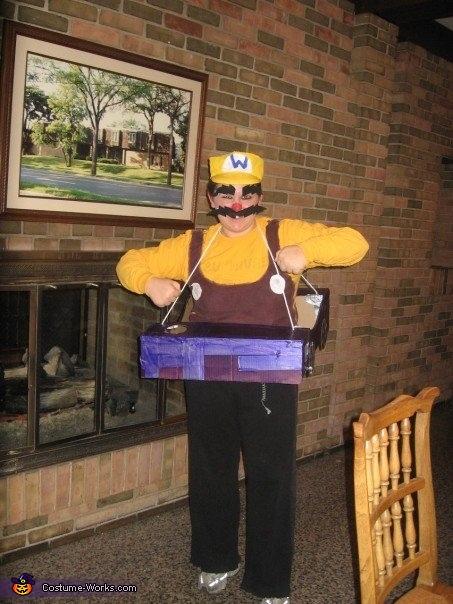 Mario Kart: Wario, Mario Kart Group Costume