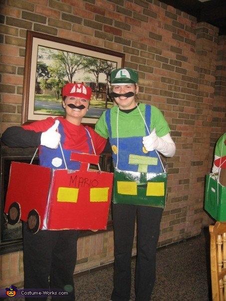 Mario Kart: Mario & Luigi, Mario Kart Group Costume