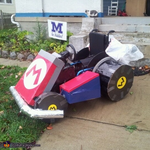 side view, Mario Kart Costume