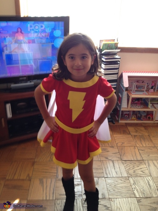 Mary Marvel, Mary Marvel and Captain Marvel Jr Costume