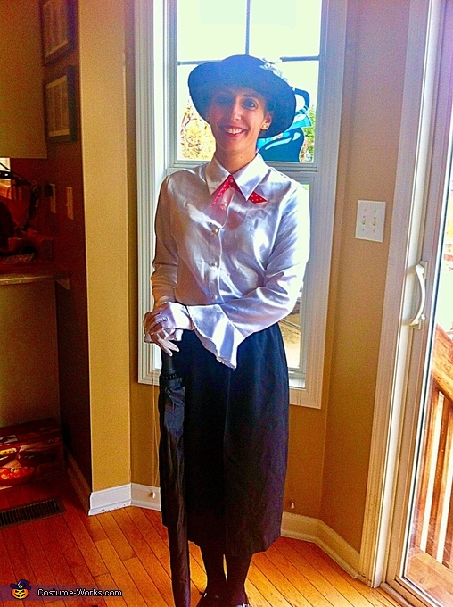 Mary Poppins, Mary Poppins and Bert Costumes