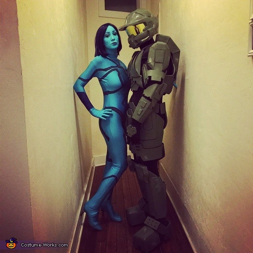 Master Chief with His Love Cortana (wife) Master Chief Costume & DIY Master Chief Costume - Photo 3/3