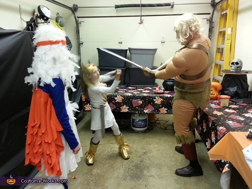 He-man battles She-ra, Masters of the Universe Family Costume