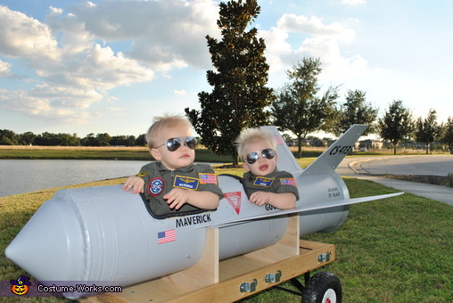Maverick and Goose with Sunglasses, Maverick and Goose Twin Babies Costume