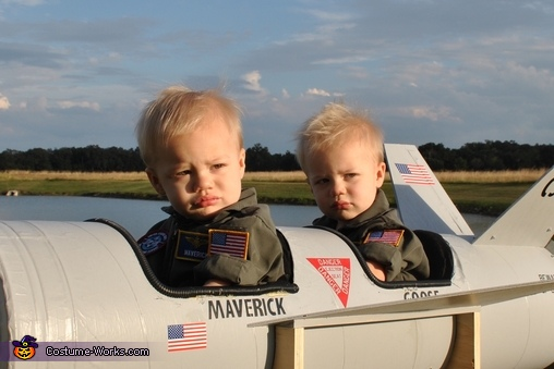 Serious Maverick and Goose, Maverick and Goose Twin Babies Costume