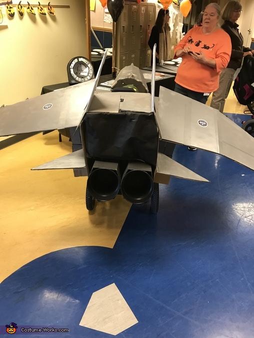Back view with jet exhaust, Maverick Top Gun Pilot Costume