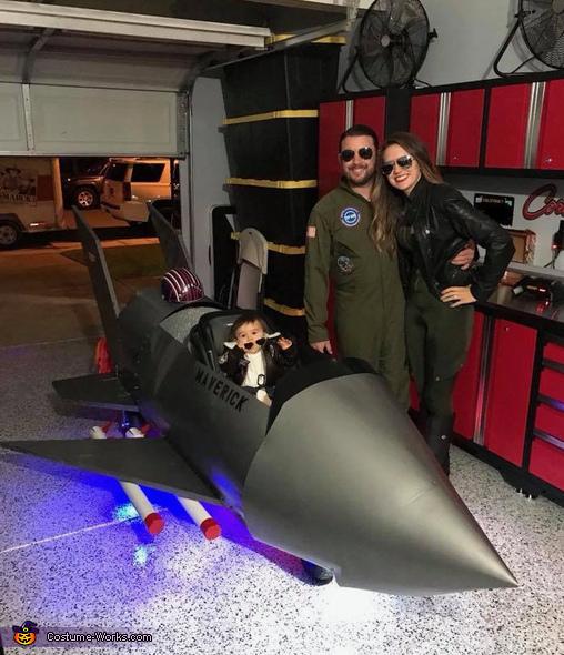 Maverick's F14 Tomcat Fighter Jet Costume