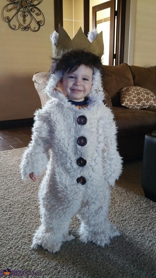 Max Costume
