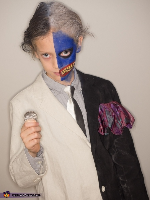Two Face, Mayhem in Gotham City Costume