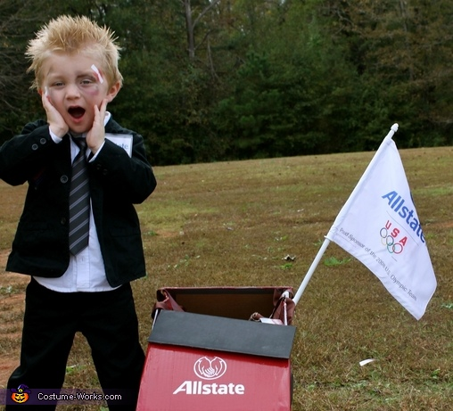 Oh no I just wrecked my moms car! , Mayhem, the Allstate Guy Costume