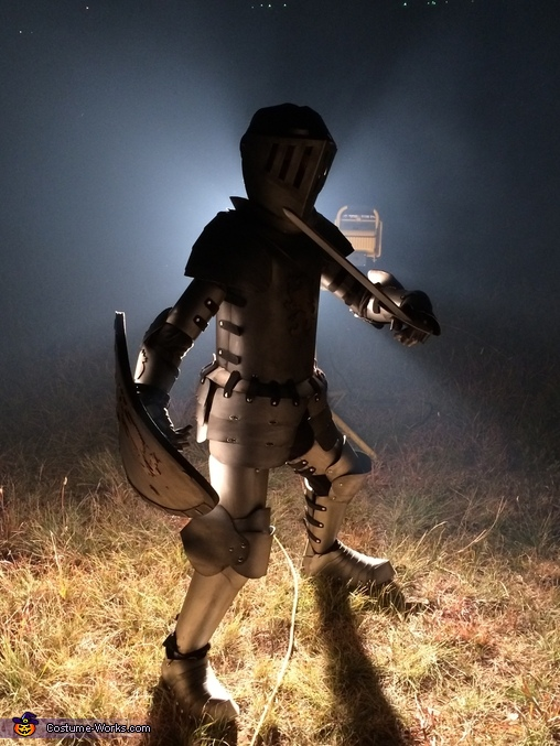 Cool Pic, Medieval Knight Suit of Armor Costume