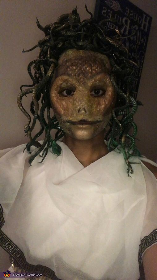 Medusa with Flash Straight On, Medusa Costume