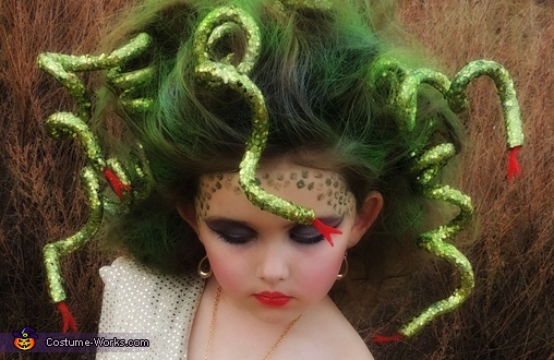 A close up of Medusa and her slithering snakes! , Medusa Costume