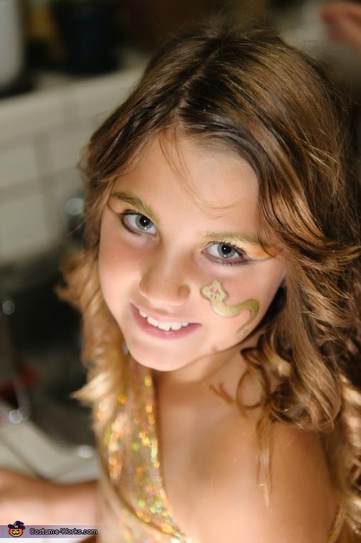 Medusa Makeup/Hair, Child's Medusa Costume