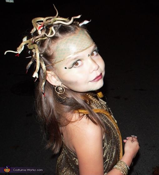 Medusa 4, Medusa Costume